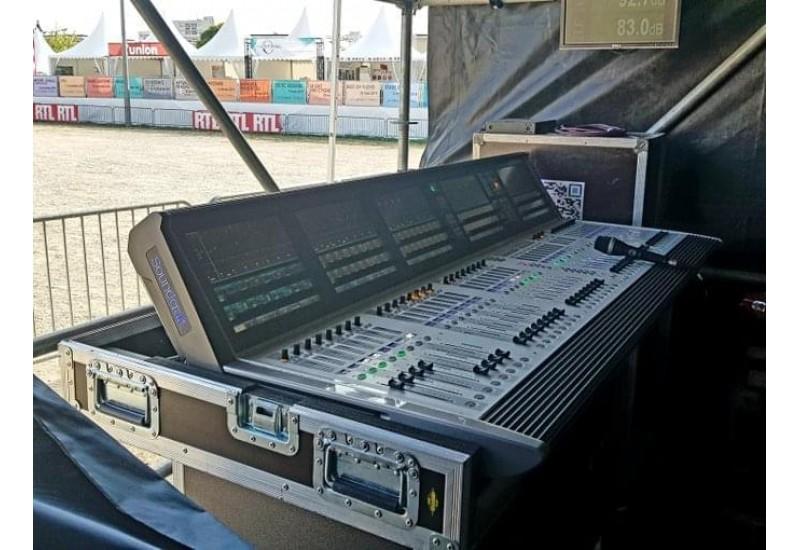 Soundcraft Vi7000